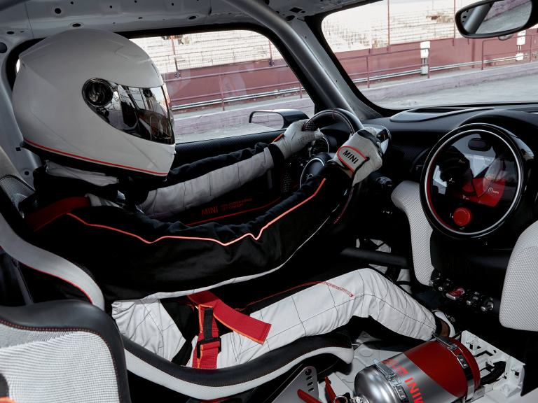 MINI John Cooper Works GP Concept – interior